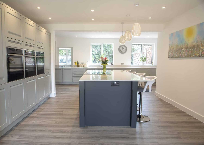 Smart Grey Kitchen in Nursling