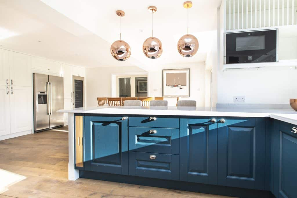 Oxford Blue And White Kitchen With Copper Accessories